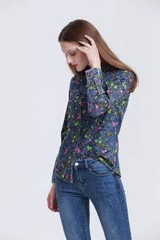 Джинсовая рубашка с цветочным рисунком Marimay